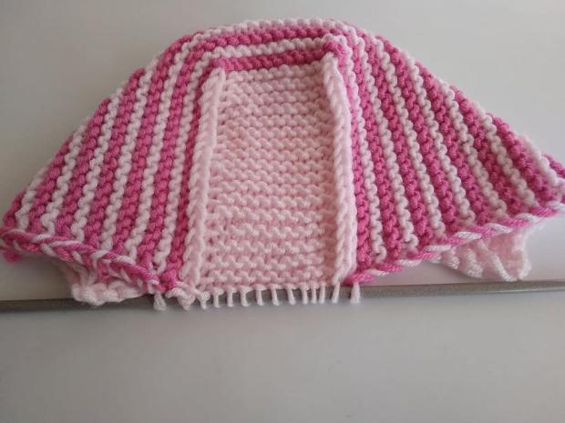 Pletená čiapočka pre bábätko 9