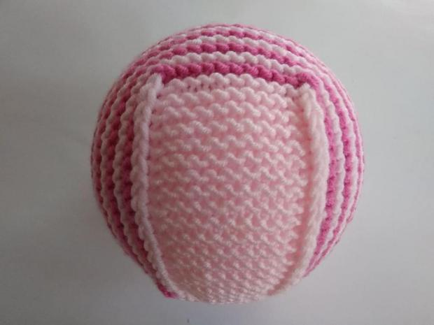 Pletená čiapočka pre bábätko 11