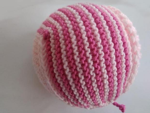 Pletená čiapočka pre bábätko 1