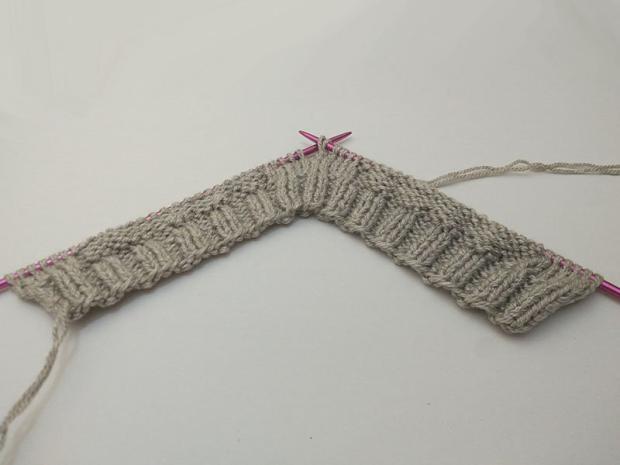 Detská pletená čiapka so sovou - návod 1