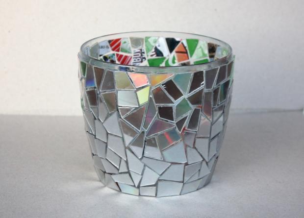 Postup na črepník s mozaikou z CD 7