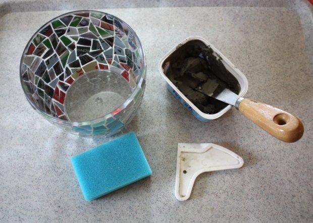 Postup na črepník s mozaikou z CD 8