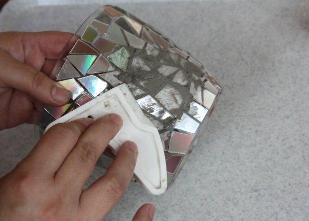 Postup na črepník s mozaikou z CD 9