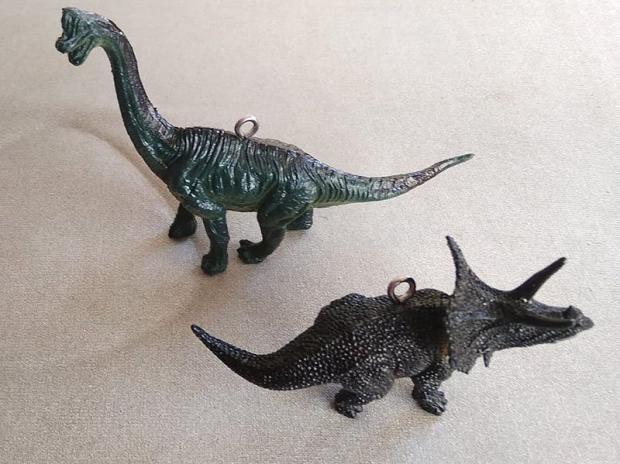 Dinosaurus ako ozdoba na stromček 3