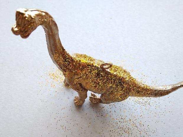 Dinosaurus ako ozdoba na stromček 6