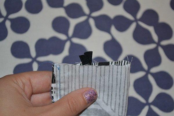 Vyrábame obal na dezinfekciu ako prívesok na tašku 10