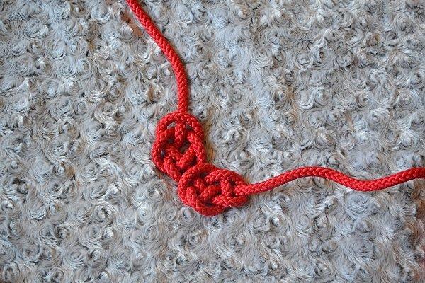 Náhrdelník z lana alebo šnúry IV. červený 10