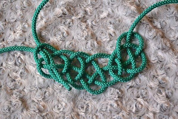 Náhrdelník z lana alebo šnúry II. 16
