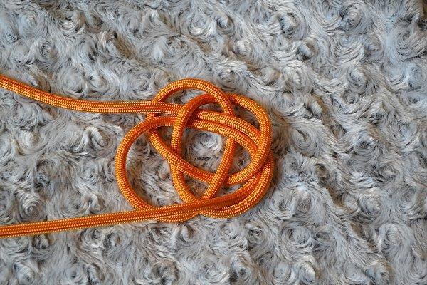 Náhrdelník z lana alebo šnúry I. 11