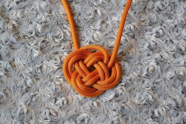 Náhrdelník z lana alebo šnúry I. 12