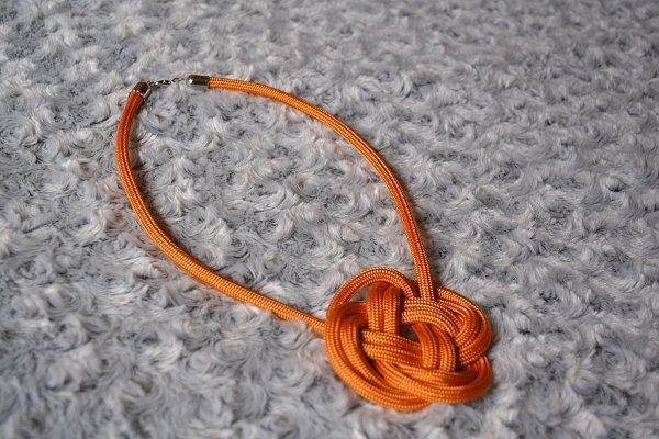 Náhrdelník z lana alebo šnúry I. 14