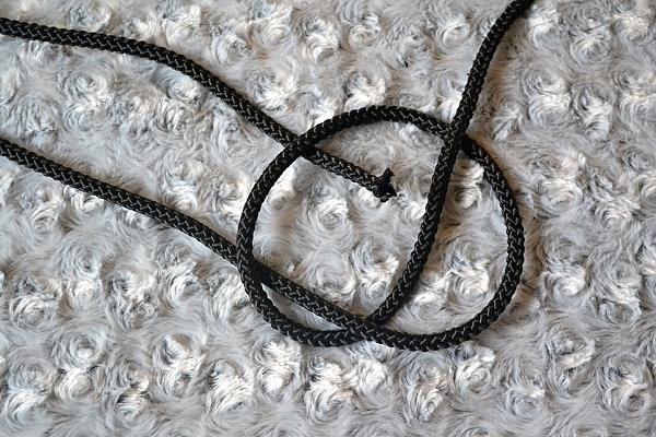 Náhrdelník z lana alebo šnúry III. čierny 5