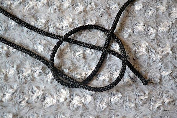 Náhrdelník z lana alebo šnúry III. čierny 7