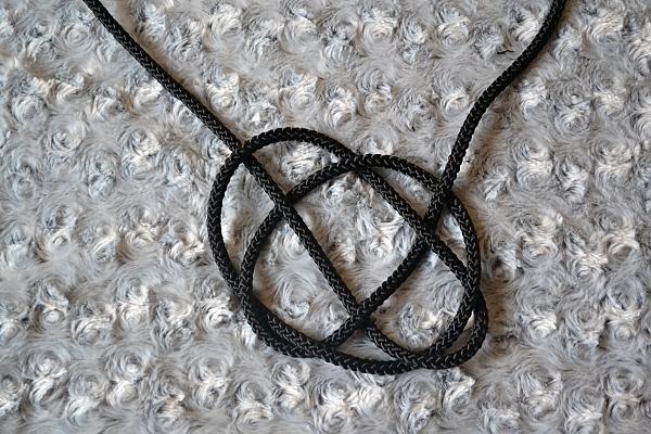 Náhrdelník z lana alebo šnúry III. čierny 11