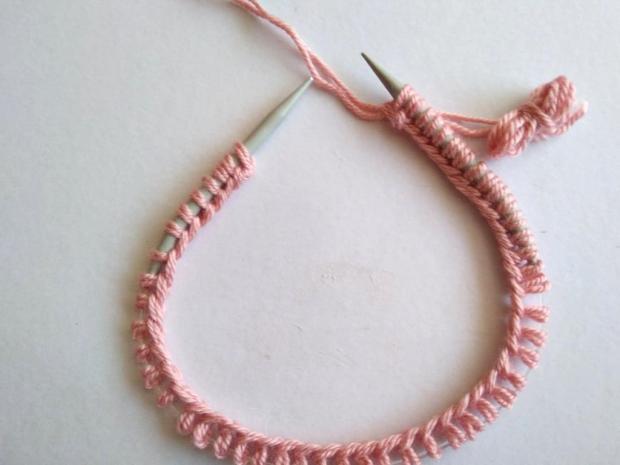 Dvojfarebná pletená čiapka 3