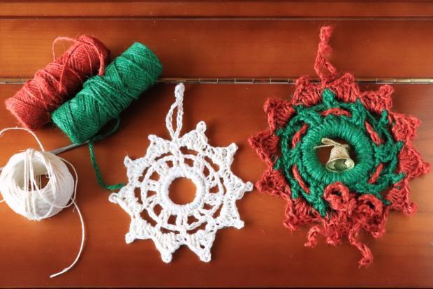 Postup na háčkovaný vianočný venček 1