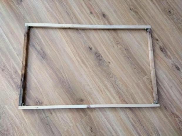 Tkaná listová taška zo starých tričiek s postupom na výrobu tkacieho rámu 1