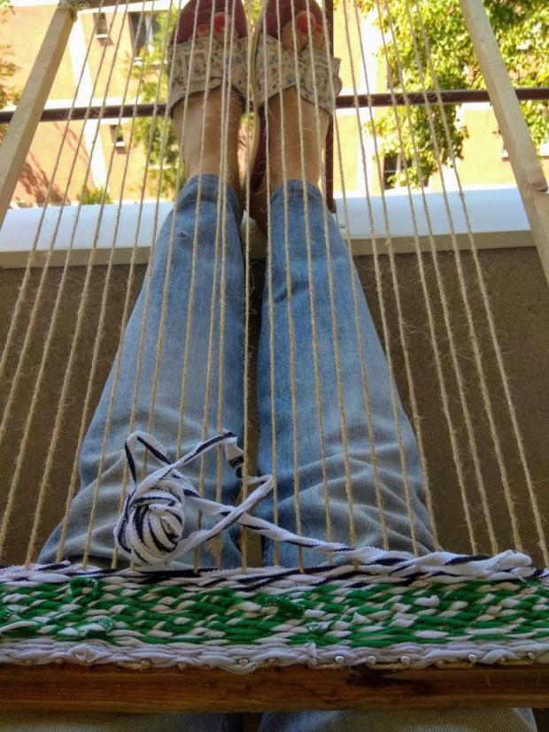 Tkaná listová taška zo starých tričiek s postupom na výrobu tkacieho rámu 4