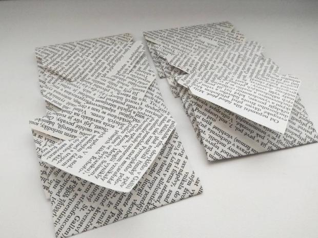 Papierový veniec zo starej knihy 10