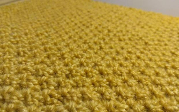 Okrúhly šál - pletený vzor hrášok 1