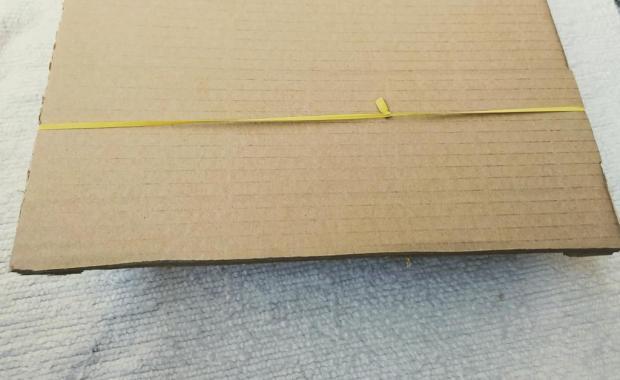 Fast Sling Puck z kartónovej krabice 3