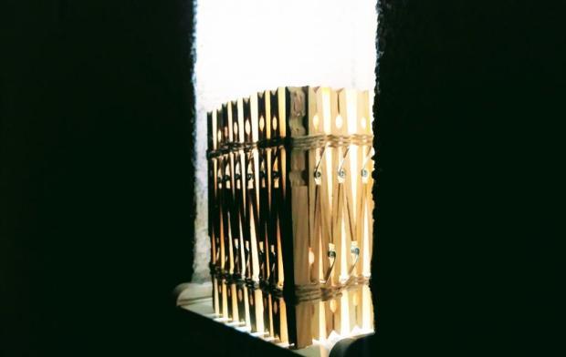 Tienidlo z drevených štipcov 7
