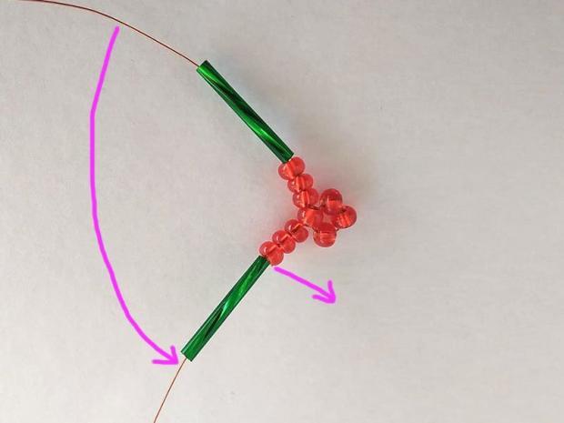 Ako vyrobiť korálkové hviezdičky II 4