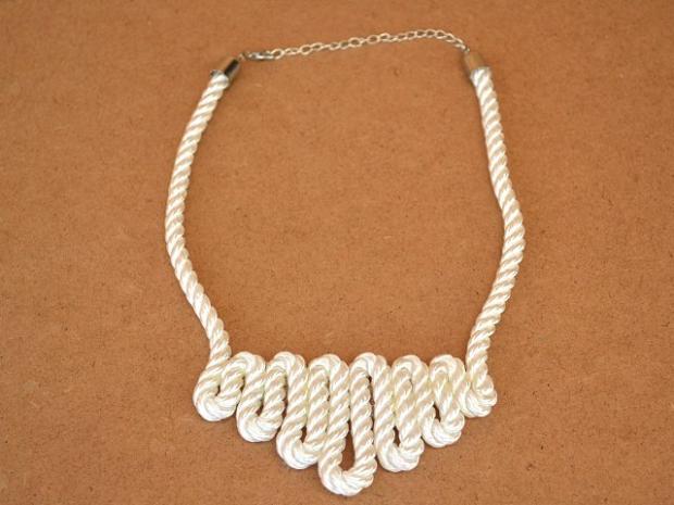 Náhrdelník z lana 5