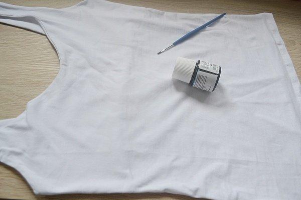 Tričko s makovými brošničkami 9