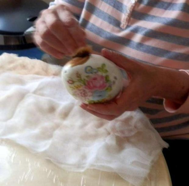 Z polystyrénových - porcelánové kraslice...... 6