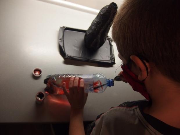 Ako si s deťmi vyrobiť aktívnu sopku 5