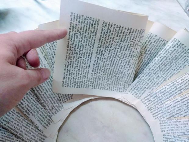 Papierový veniec zo starej knihy 4