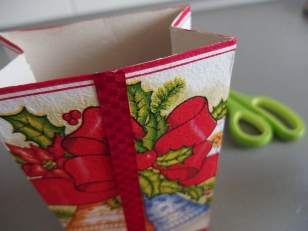 Ako sme s Maťkom vyrábali vianočné krabičky  12