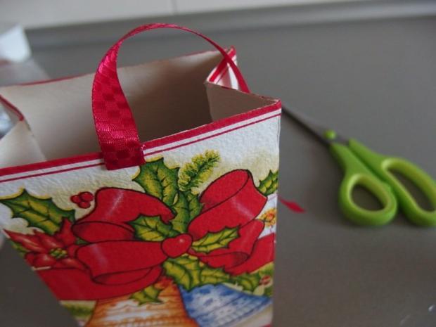 Ako sme s Maťkom vyrábali vianočné krabičky  13