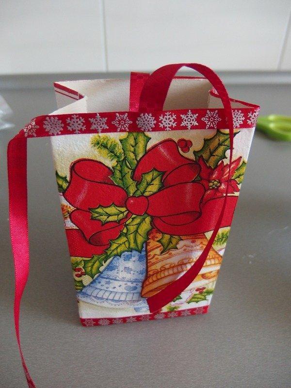 Ako sme s Maťkom vyrábali vianočné krabičky  15
