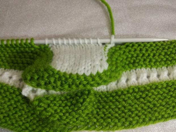Návod na pletené  papučky pre bábätko 7