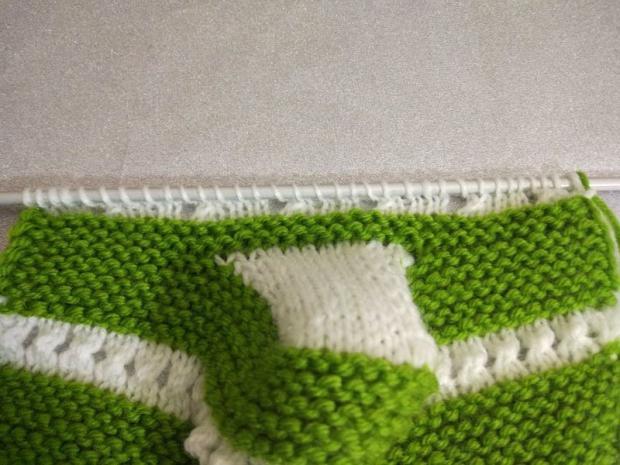 Návod na pletené  papučky pre bábätko 8