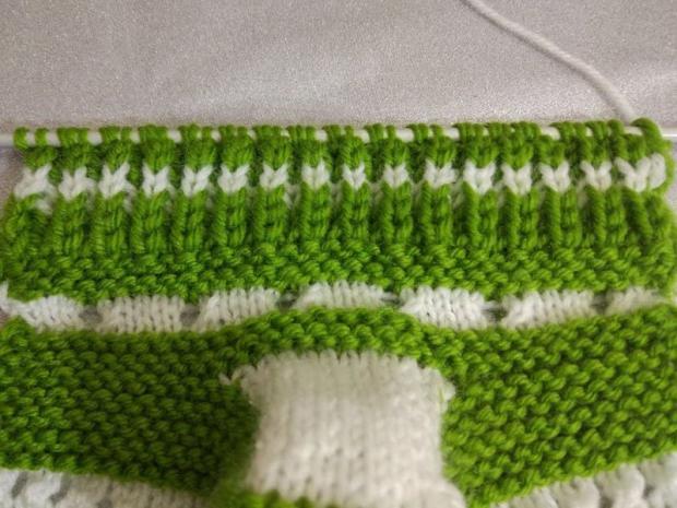 Návod na pletené  papučky pre bábätko 9
