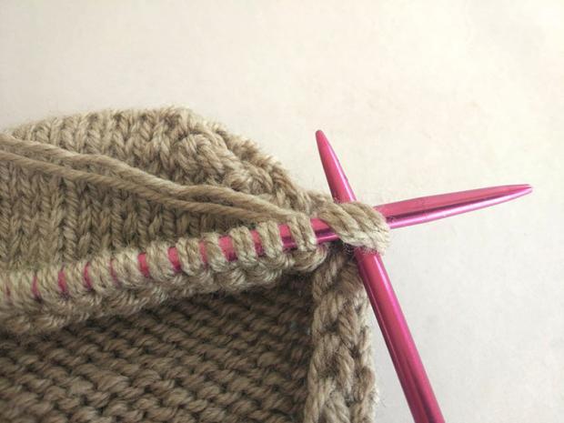 Ponožky pletené na dvoch ihliciach 11