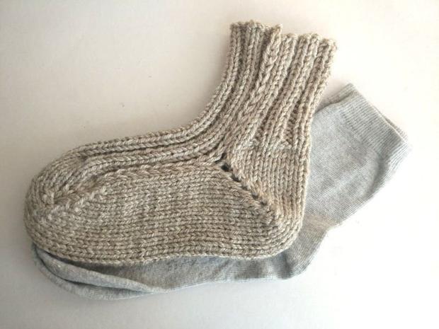 Ponožky pletené na dvoch ihliciach 13