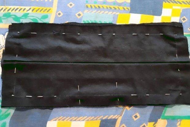 Ako vyrobiť štýlové rúško aj bez šijacieho stroja 12
