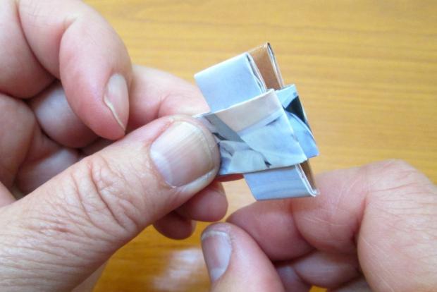Fotopostup na spájanie dielikov na papierové kabelky 5