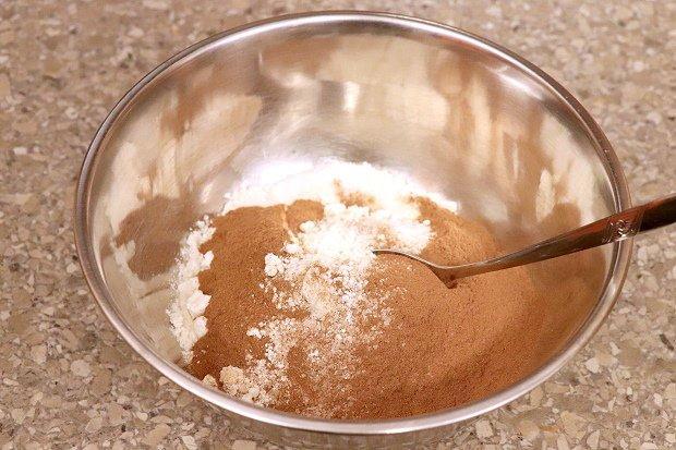 Postup na vianočné ozdoby zo škoricovo - slaného cesta bez pečenia 3