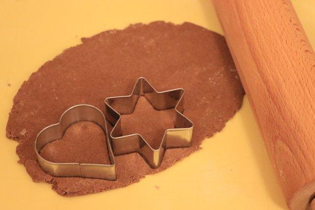 Postup na vianočné ozdoby zo škoricovo - slaného cesta bez pečenia 6