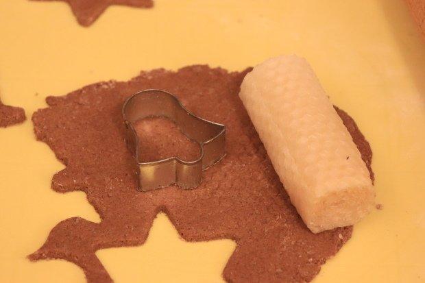 Postup na vianočné ozdoby zo škoricovo - slaného cesta bez pečenia 7