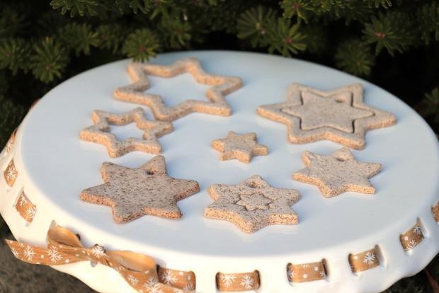 Postup na vianočné ozdoby zo škoricovo - slaného cesta bez pečenia 10