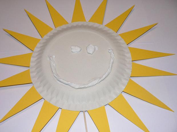 Slnko z papierového taniera 5