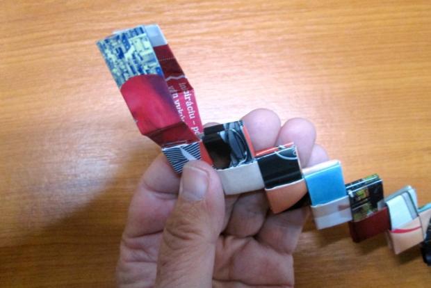 Fotopostup na spájanie dielikov na papierové kabelky 10