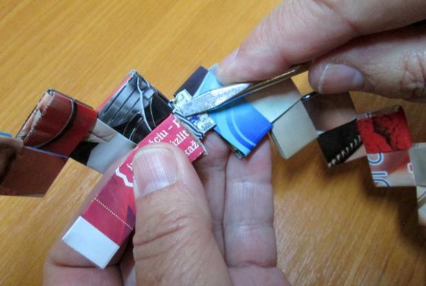 Fotopostup na spájanie dielikov na papierové kabelky 12