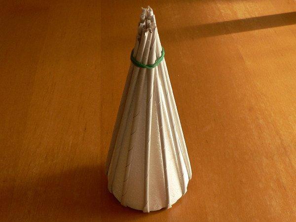 Fotopostup na papierové pletenie - pletený stromček I. 2